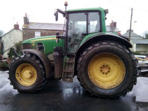 Picture of John Deer Farm Tractor